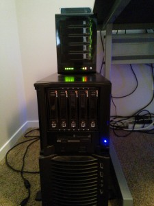 Server with disk enclosures (StarTech SATABAY5BK)