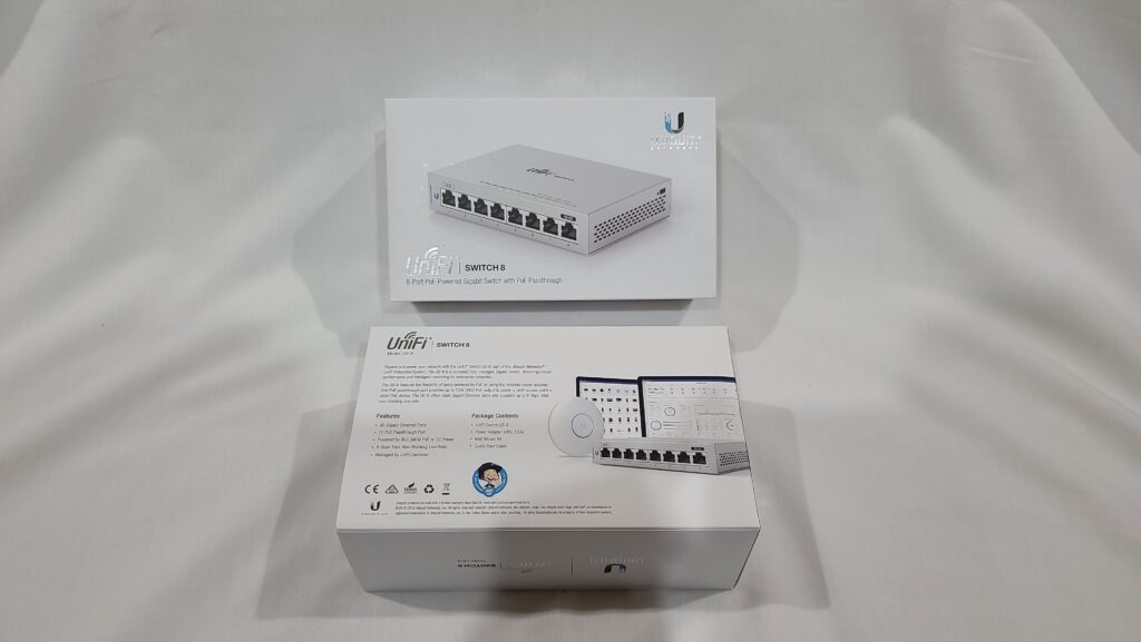 Picture of Ubiquiti UniFi US-8 Switch Front and Back Box Shot